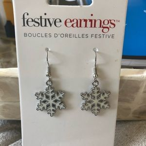 Jewelry - Snowflake Earrings